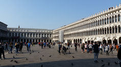 Der Markusplatz im Oktober  - wie ausgestorben...