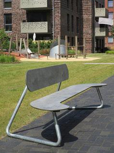 SitzBank aus HPL und feuerverzinktem Stahl