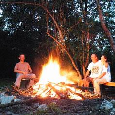 """""""Verbrennung"""" wandelt Energie um - sowohl im Feuer, als auch bei der Verdauung."""