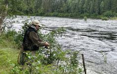 Lachse angeln in Norwegen, Unterwasser Aufnahmen, mittlerer Fluss, mit Blinker