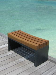 Mondial Concave Bench