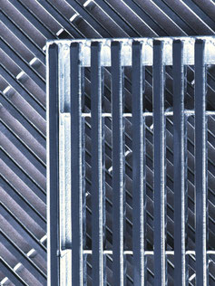 Stratos Rubber Grating