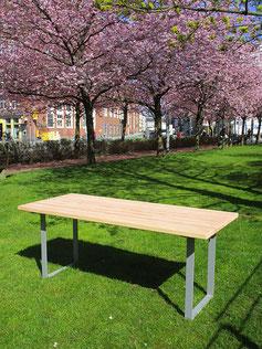 Domicil Table