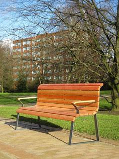 Paradis Seniors Seat
