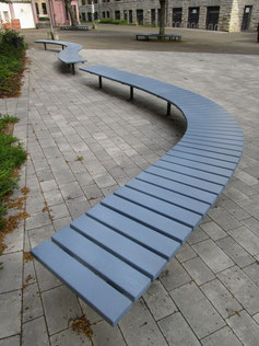 Meander Freeform Bench