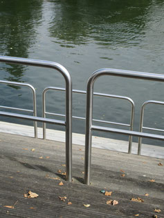 Splendide Stainless Steel Rack