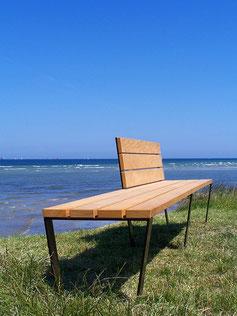 ULTRA Long Seat w. part. backrest