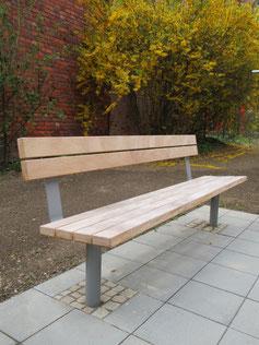 Bravo Park Seat