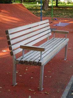 Alpha Linear Seat