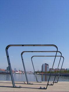 Elan Bicycle Stand