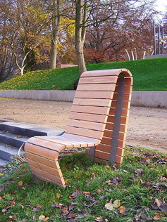 Courage Park Chair