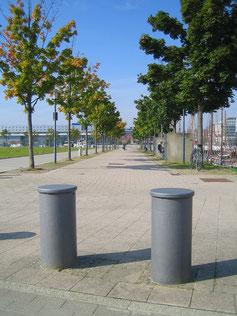 Quai Promenade Bollard