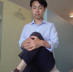 座りすぎた後の腰痛を治すストレッチ