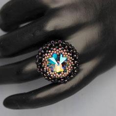 Ring schwarz-metallic rosa -regenbogen Swarovski rivoli Miyuki