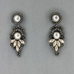 Ohrringe metallic grau-silber Cabochon Glasperlen