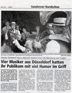 Vier Musiker aus Düsseldorf hatten ihr Publikum mit viel Humor im Griff - 30.06.2004