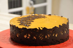 mousse chocolat, mousse abricot, gelée abricot, biscuit croustillant