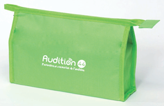 Audition 44 - Trousse avec des produits d'entretien pour les appareils auditifs