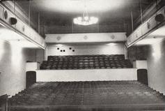 Zuschauersaal vor der Sanierung & Vergrösserung 1988