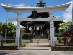 ハワイ オアフ島 ハワイ出雲大社 鳥居 注連縄 拝殿