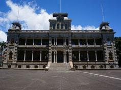 ハワイ オアフ島 イオラニ宮殿 アメリカ合衆国唯一の宮殿 ハワイ王朝 リリウオカラニ女王