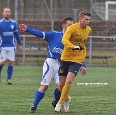 Im Testspiel in Assen lief Alex Schmidt bereits für den VfL auf.