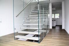 zur Glastreppe Flying Stairs hier klicken