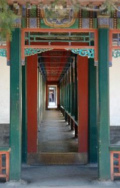 Ein Wandelgang im Sommerpalast in Peking. Smalltalk ist eine der Schlüsselfertigkeiten in China.