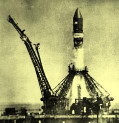 Ракета-носитель «Восток 8К72К»  на старте