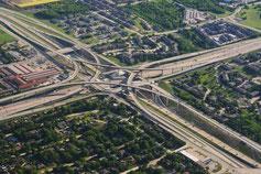 Straßen zerstören und zerstückeln die Natur. Wollen wir wirklich noch mehr davon?