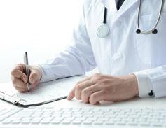 病院で医師の診断を受けて診断書を発行してもらって下さい。