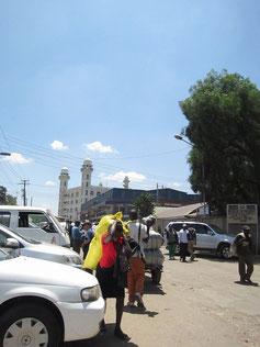 町の中にモスクがあります