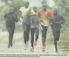 4年前の新聞記事…一番左がカロキ選手