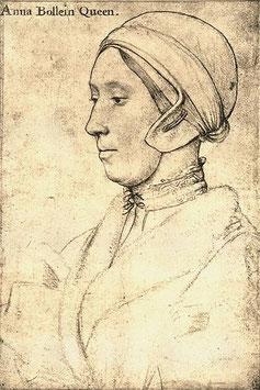 Zeichnung von Anne Boleyn von Hans Holbein. Anne trägt das mit Pelz gefütterte gewickelte Nachtkleid, welches ihr Heinrich VIII geschenkt hatte (fickr, Bild von Lisby)