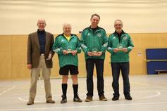 Unsere Schiedsrichter Richard Schnopp, Peter Kopp, Michael Tremblau und Haluk Gercek (v.l.)