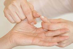 Psychosomatischne Kinesiologie wird eingesetzt bei psychosomatischen Beschwerden, Stress und Blockaden.