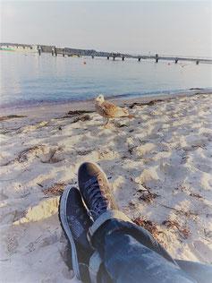 Gesundheitsförderung, Stressmanagement-im-Norden, am Strand, stressfrei, entspannt, ohne Stress, Einzelperson, ohne Stressbelastung
