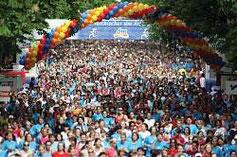 Start des Frauenlaufes 2009 in der Hauptallee