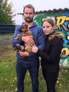Notre jolie Lucie avec ses adoptants