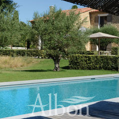 Liner premium alpilles luberon piscines construction for Entretien liner piscine