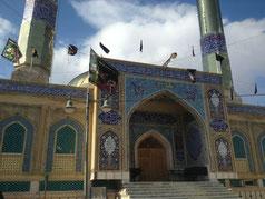 Eine imposante Moschee auf dem Heimweg.
