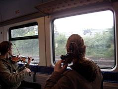 Streichquartett: Guido Eva mit dem Ellern-Quartett in der S-Bahn Hannover