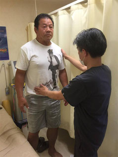 川島はりきゅう整骨院から川島治療院に名前が変更した当院では、刺さない鍼(はり)、や伸縮テーピングのソフトな皮膚操作で全身調整します。