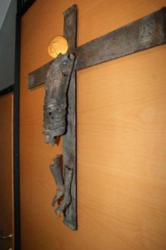 Kreuz in der Hauskapelle des Klosters