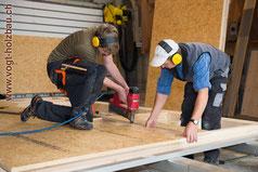 Element aus Holz Zusammenbau Herstellung im Werk D. Vogt Holzbau GmbH Wangen SZ
