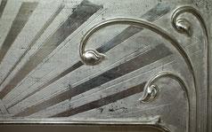 Detail Stilkopie Jugendstilrahmen, Silber, mit Gravur und PastaornamentFarbe