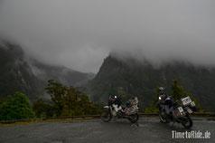 Neuseeland - Motorrad - Reise - Auf dem Weg zum Milford Sound bei Regen und Nebel