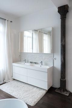 Badezimmer mit Fliesen der Neuzeughammer Keramik GmbH
