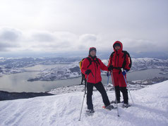 Io e Angelo Ranieri girovagando con le Ciaspole a Monte Coppo
