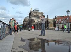 """Klassisches """"Must see"""" in Dresden: die Brühlschen Terrassen an der Elbe. Foto: C. Schumann, 2016"""